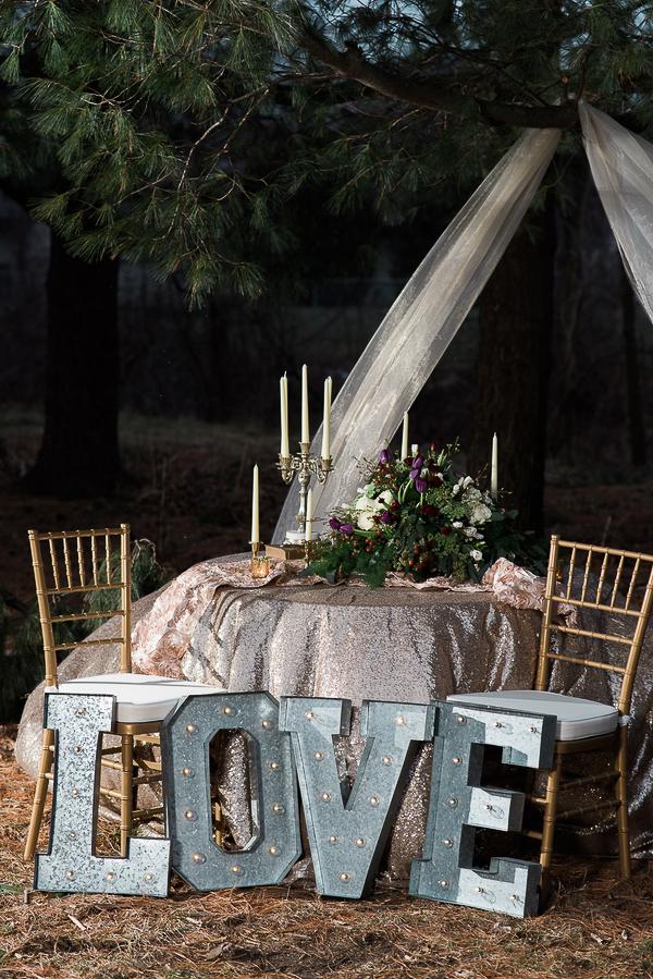 winter-wedding-love-8