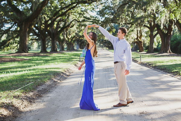 boone-hall-plantation-engagement-photos-8