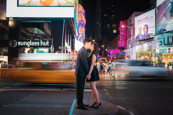 new-york-city-engagement-photos-10