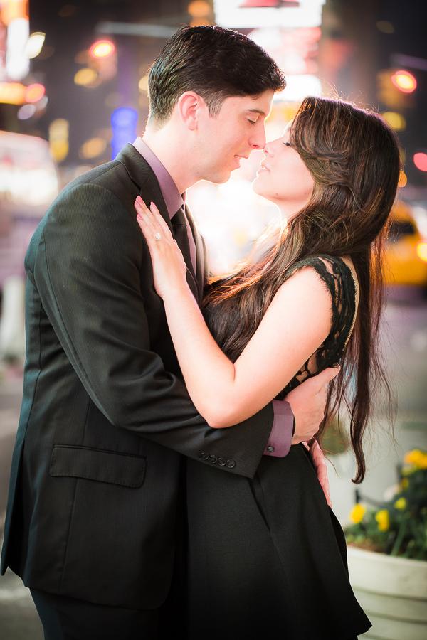 new-york-city-engagement-photos-9