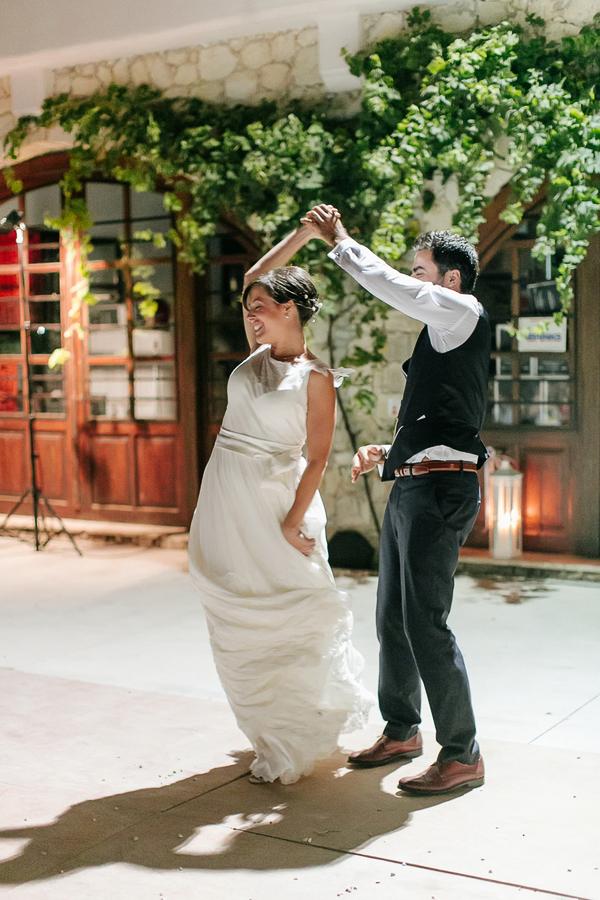 cretan-vineyard-wedding-in-chania-14