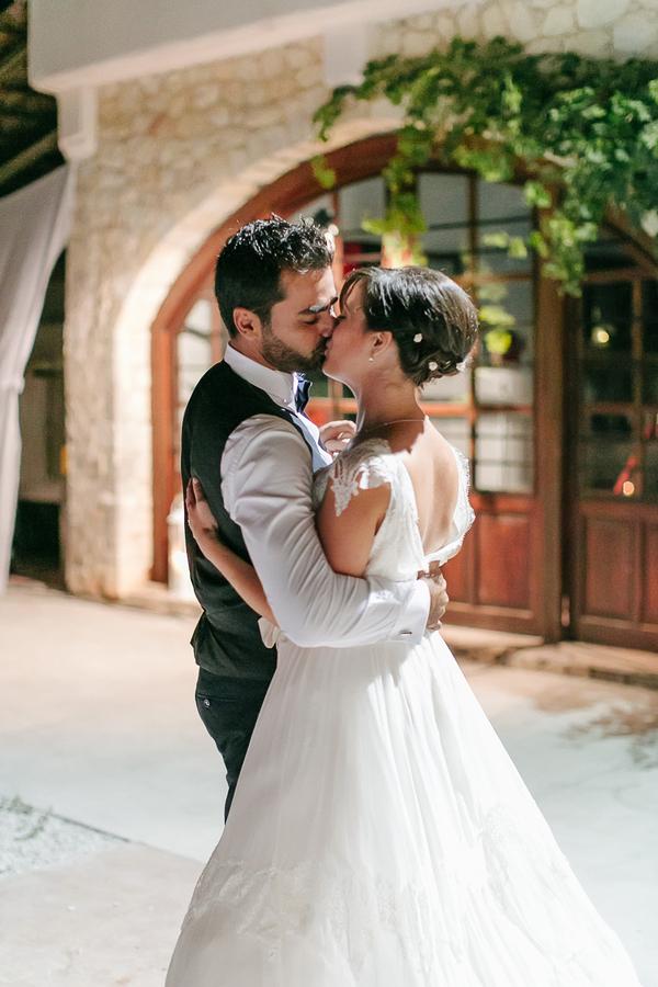 cretan-vineyard-wedding-in-chania-15