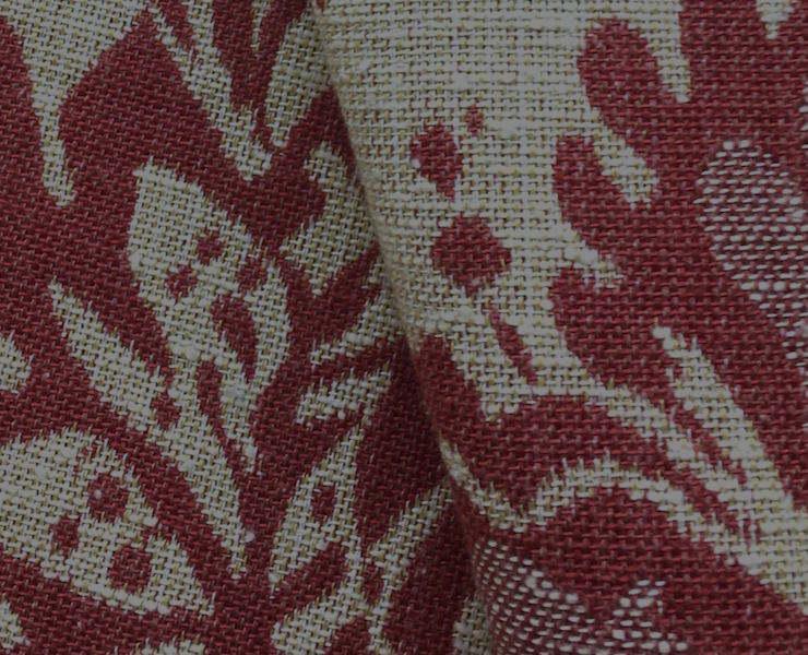 Le coton - C'est la fibre la plus utilisée dans le monde. Naturelle, elle est également respirante, absorbante et souple ce qui rend le tissu confortable avec un toucher doux.