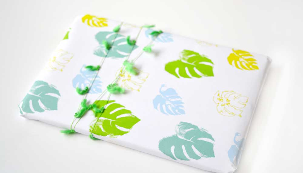 palm-gift-wrap