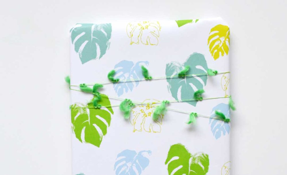 printable-gift-wrap.jpg