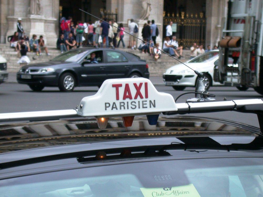 Paris-Taxi-Riggwelter.jpg