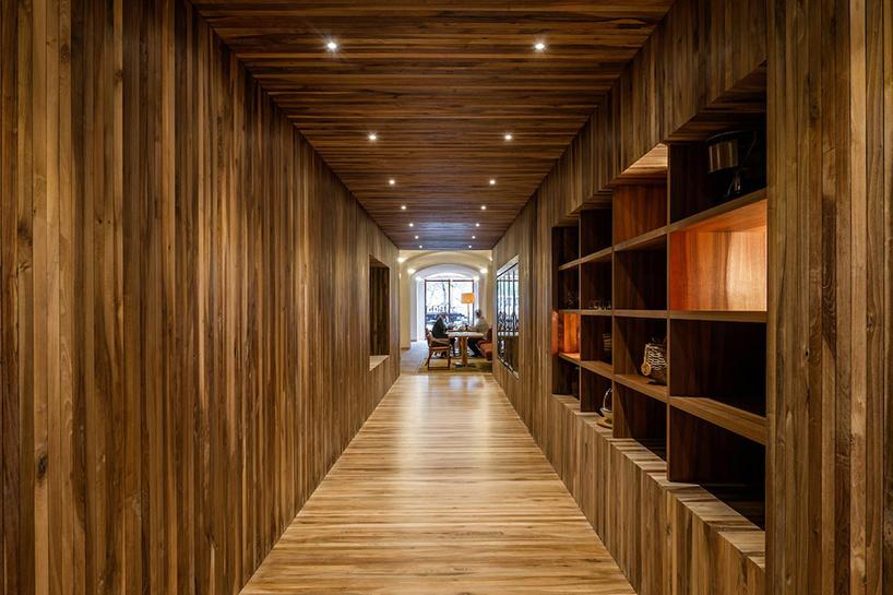 isay-weinfeld-green-spot-restaurant-barcelona-interiors-designboom-10 (1).jpg