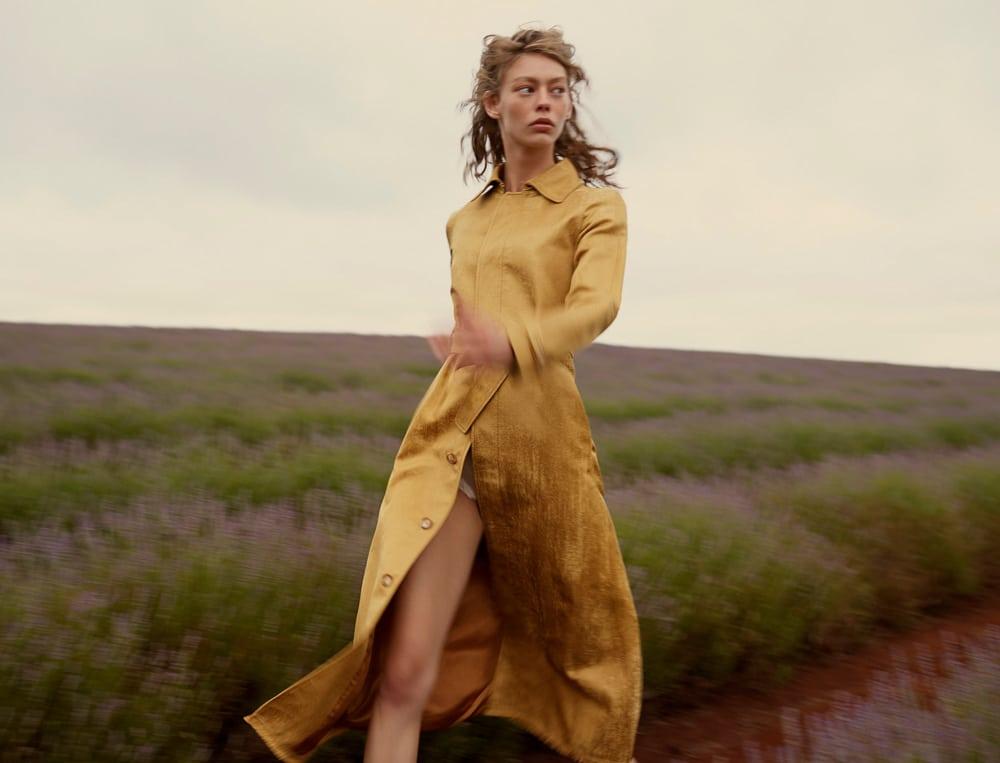 Wool-Magazine-Spring-2018-Ondria-Hardin-Saskia-Wilson-1.jpg