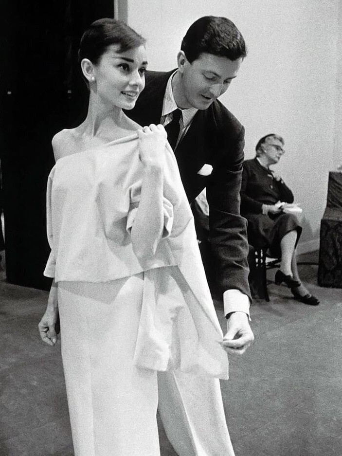 Givenchy fitting Audrey Hepburn 1956