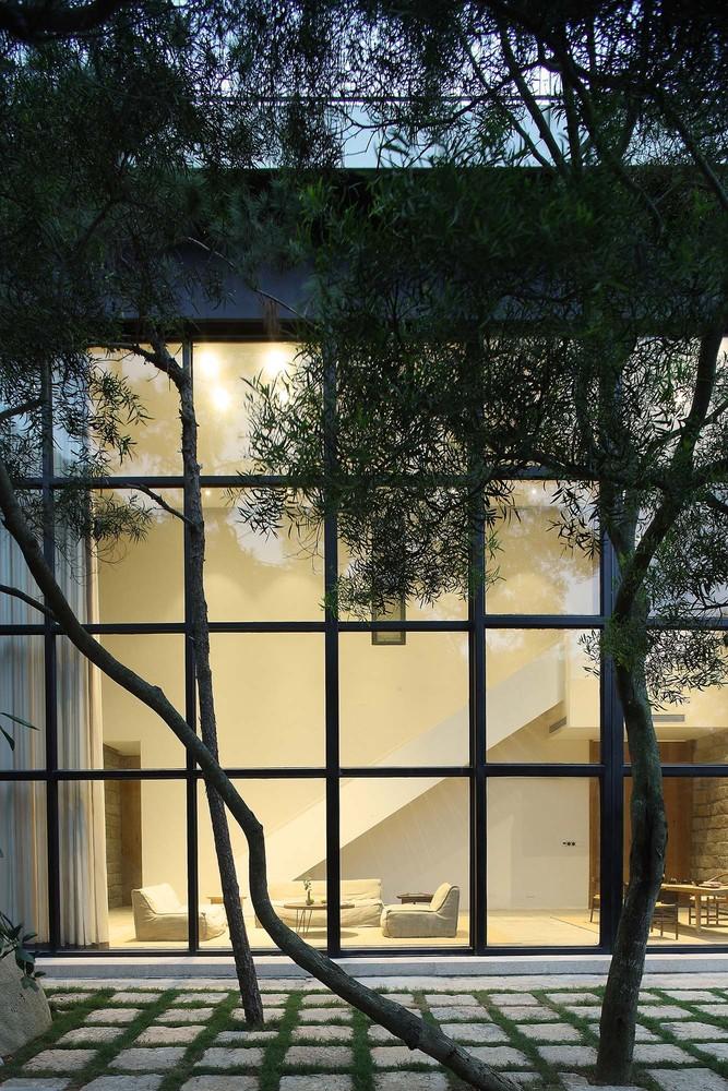 1__courtyard_1.jpg