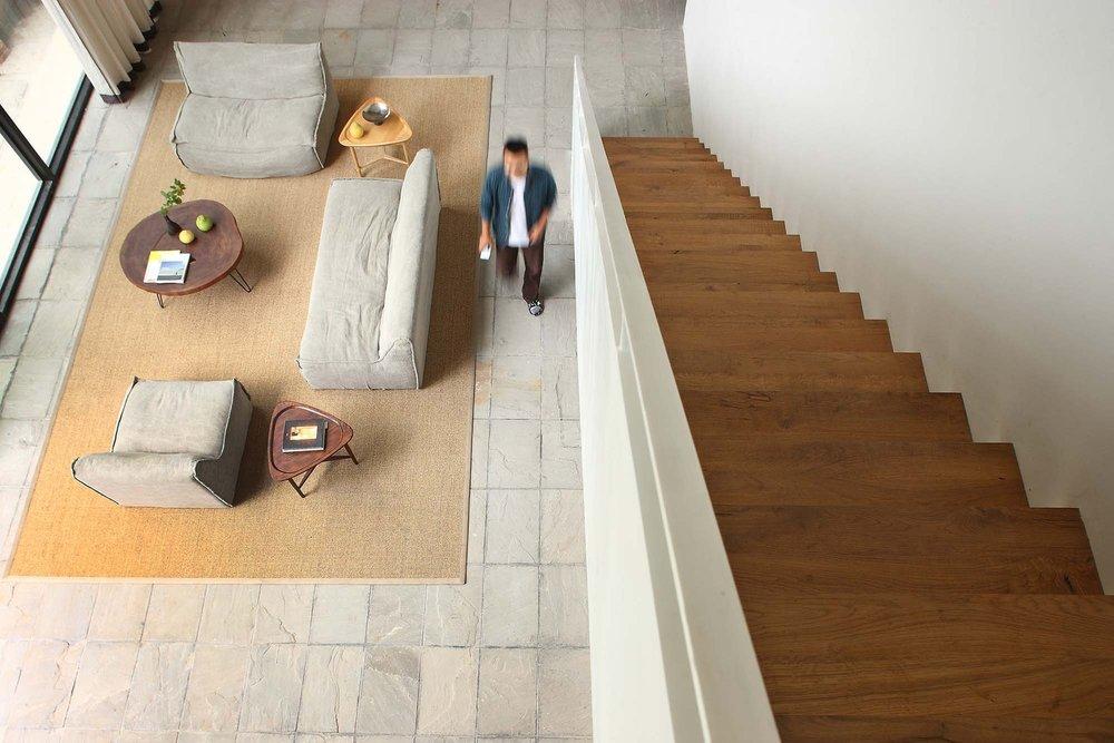 6__living_room_10.jpg