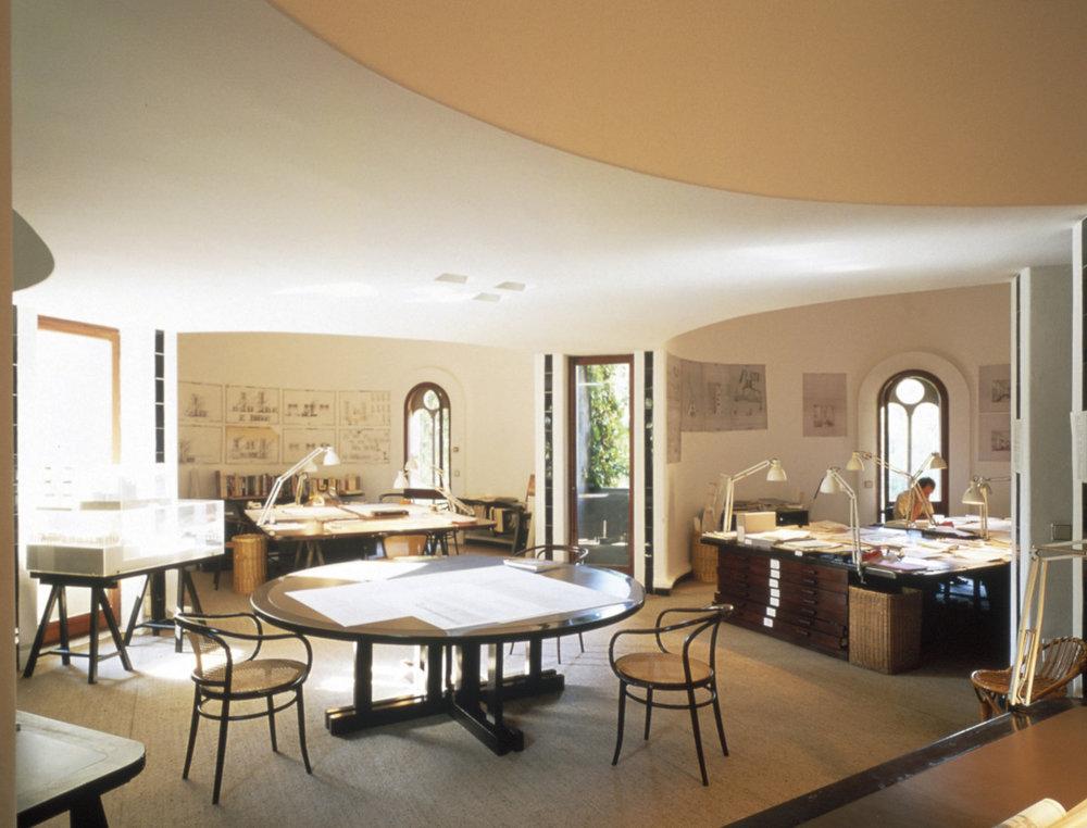 Ricardo_Bofill_Taller_Arquitectura_SantJustDesvern_Barcelona_Spain_WorkSpace_(6).jpg