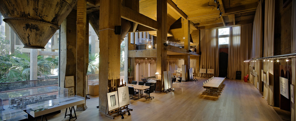 Ricardo_Bofill_Taller_Arquitectura_SantJustDesvern_Barcelona_Spain_WorkSpace_(2).jpg