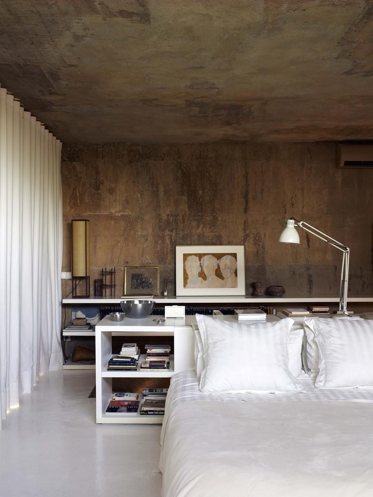 Ricardo_Bofill_Taller_Arquitectura_SantJustDesvern_Barcelona_Spain_PrivateSpaces_(5)_©_Richard_Powers.jpg