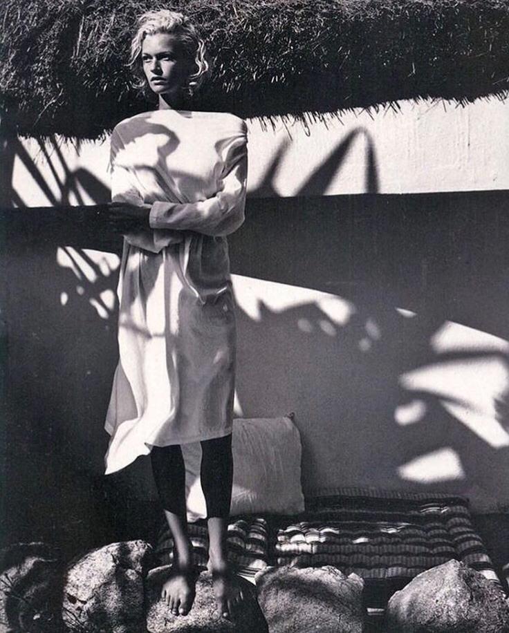 Elle Italia, April, 1998 - Sarah O'Hare by Hannes Schmid