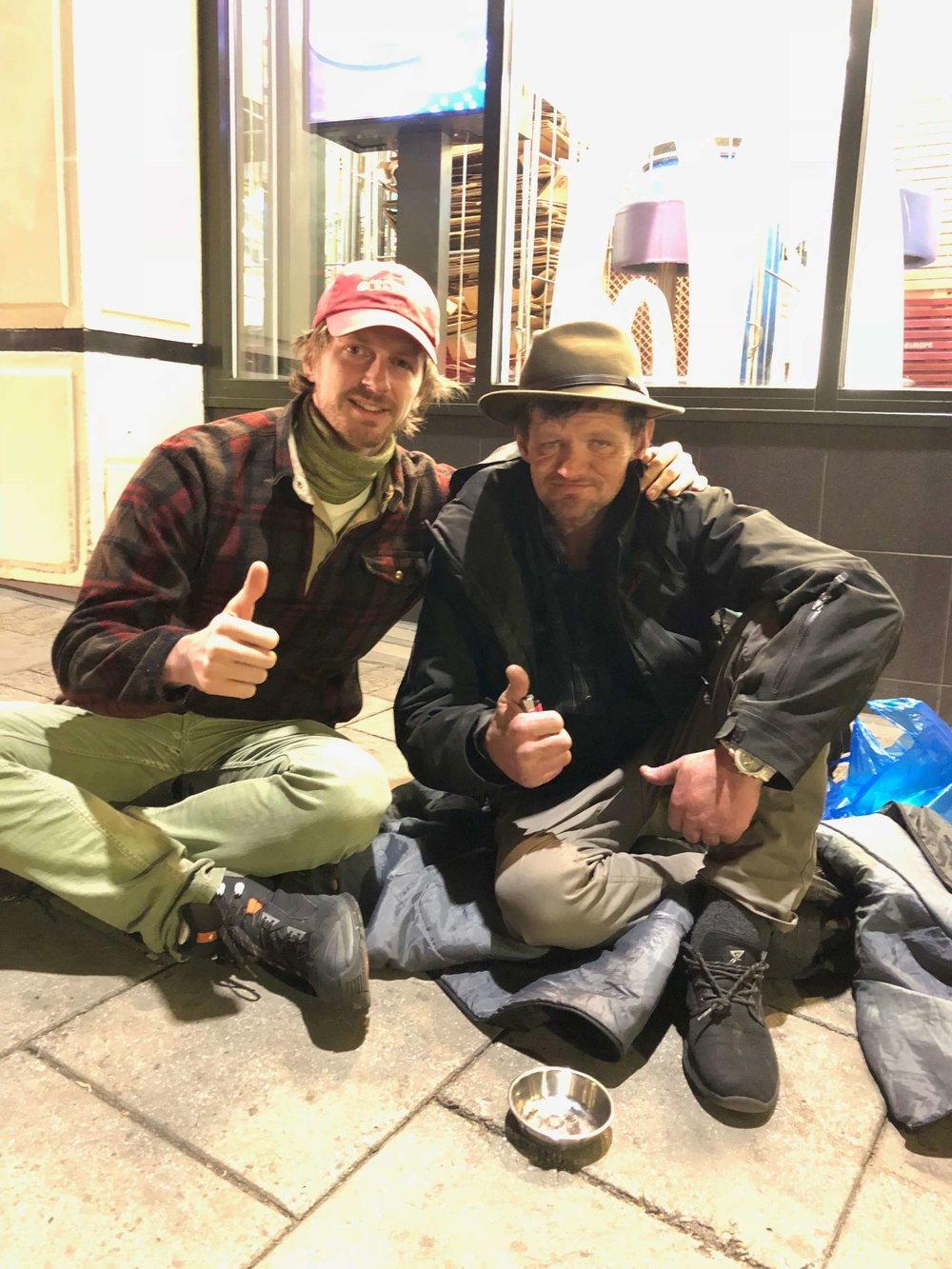 AndrewFunk_HomelessEntrepreneur_Windsor_todosdurmiendoenlacalle.jpg