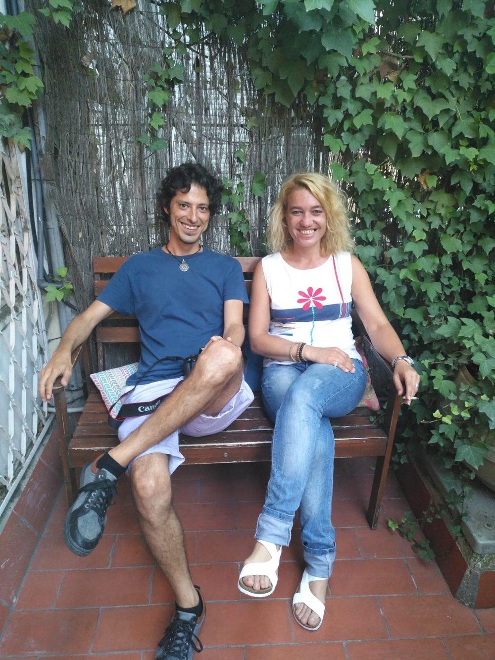 """Editorial Versos y Reversos esta ayudando a l@s #HomelessEntrepreneurs dándoles una voz a traves de un libro que se llama """"12 conversaciones"""" que se publicará el día de Sant Jordi en 2019."""
