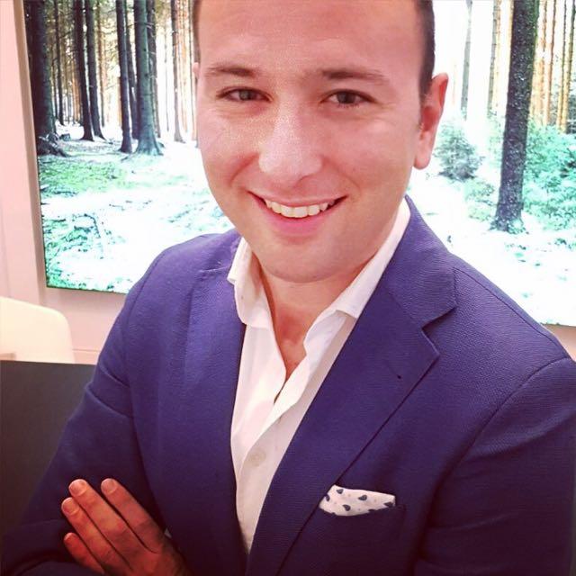 Cristian Bataller  Asesor de Marketing y estrategia
