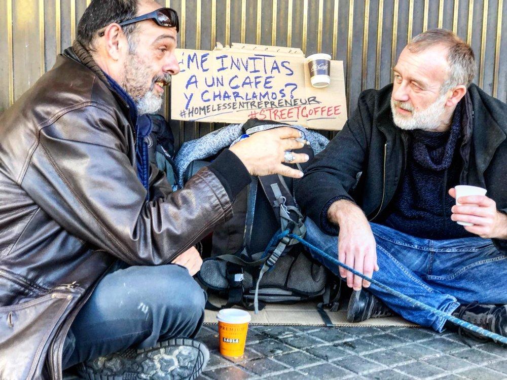 ¿Tienes alguna idea? Si pasas delante de una persona sin hogar, párate y dedícale 15' minutos de tu tiempo para saber de sus necesidad e inquietudes y compártelo en nuestras redes. #StreetCoffee #HomelessEntrepreneuer