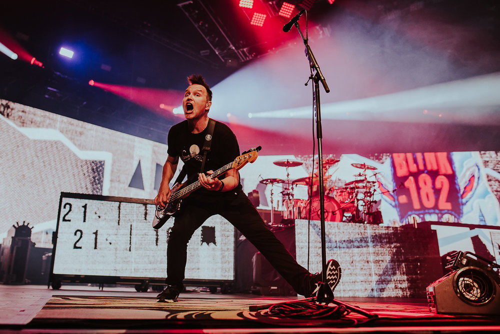 mark-hoppus-blink-182-nottingham-arena-1.jpg