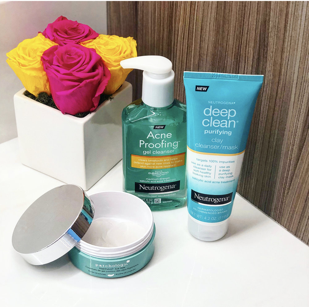 my morning routine:  i start with a neutrogena deep clean mask / cleanser :    https://www.amazon.com/Neutrogena-Clean-Cleanser-Purifying-Ounce/dp/B076FFK77G?hvadid=229013449809&hvdev=c&hvlocphy=9021710&hvnetw=g&hvpos=1t2&hvqmt=e&hvrand=10965799388875236603&hvtargid=kwd-380857775452&keywords=neutrogena+deep+clean+mask&qid=1537718974&sr=8-1&tag=googhydr-20&ref=sr_1_1   -days i have more time i use it as a mask - if i'm in a hurry i just use it as a cleanser  then clean with a neutrogena acne proofing gel cleanser:    https://www.neutrogena.com/skin/skin-acne/acne-proofing-gel-cleanser/6810004.html?utm_source=google&utm_medium=cpc&utm_campaign=GO-USA-ENG-PS-Neutrogena-BP-EX-RN-Acne-AcneProofing&utm_content=Brand-Gel%20Cleanser&utm_term=neutrogena%20acne%20proofing%20gel%20cleanser&gclid=CjwKCAjw85zdBRB6EiwAov3RiifNcrb3DAwDFNcN0NQIoI3H3TYD3vwEGSDAAqBNywFKN-qVYqelORoCjoUQAvD_BwE    and once my face is fully dry add my 5 minute pathology eye gels:   https://www.saksfifthavenue.com/patchology-eye-revive-flaspatch-five-minute-hydrogels/product/0400090904833?gclsrc=aw.ds&gclid=CjwKCAjw85zdBRB6EiwAov3RihcZYO3iifp9IKWw1lzWxqZogN6jZ4RAlib0U2fcgwOXg2syTmCThxoCalIQAvD_BwE&site_refer=CSE_GGLPRADS001   -gets red of any bags or puffiness  my nighttime routine:  i remove my make up with neutrogena fragrance free makeup remover wipes   https://www.google.com/shopping/product/2126805101328529720?lsf=seller:3748817,store:16062838593054682844&prds=oid:5492595544193859914&q=neutrogena+makeup+wipes&hl=en-us&ei=71ahW8fuAoPgjwS57YaICg     then i go over that with derma nourishing & cleansing rose oil   https://www.google.com/shopping/product/3422355368647782732?lsf=seller:3748817,store:16062838593054682844&prds=oid:12173273528133334005&q=dermae+rose+oil&hl=en-us&ei=xFehW__8CcfRjwSk5qyIDw     i use a halo reusable makeup wipe (gets off so much more/ it's scary what the wipes leave)   https://facehalo.com/products/face-halo-pack-of-3?variant=39336722380&gclid=EAIaIQobChMIvvT45arF3QIVCtvACh191QChEAQYASABEgKSFfD_BwE   -these I throw in the washing machine and love that they are reusable  then I use a a derma microdermabrasion scrub  https://www.ulta.com/microdermabrasion-scrub?productId=xlsImpprod5110019&sku=2255976&cmpid=PS_Non!google!Product_Listing_Ads&cagpspn=pla&CATCI=aud-298467364726:pla-458860290906&CAAGID=56022283413&CAWELAID=1827178701&CATARGETID=330000200001466858&cadevice=m&gclid=EAIaIQobChMIy-jyjqvF3QIVkbrACh28kQEZEAQYAyABEgJ9wvD_BwE    with a clarisonic wand.    https://www.ulta.com/mia-2-skin-cleansing-system?productId=xlsImpprod3900691   -the wand ^ don't keep it in the shower even though it's waterproof and even if you put the cap on it will get mildew  then i follow that with dermae wrinkle prevent wash.  https://www.amazon.com/Anti-Wrinkle-Vitamin-Glycolic-Cleanser-Papaya/dp/B003XQ7A38   let it really Dry for a few minutes.  then add dermae peptide and collegen eye cream for for my under eye and forehead wrinkles  https://www.ulta.com/advanced-peptides-collagen-eye-cream?productId=xlsImpprod17911005   plus dermae peptides and Collagen moisturizer for the rest of my face and my neck  https://www.ulta.com/advanced-peptides-collagen-moisturizer?productId=xlsImpprod17861003   for any trouble spots spots i dab tee tree oil on them  https://www.ulta.com/jumbo-tea-tree-oil?productId=xlsImpprod14621255    it should take you just as long (if not longer) to take your makeup off & clean your face as it does to put it on  -xoxojackie