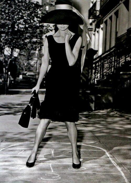 blackdress 6.jpg