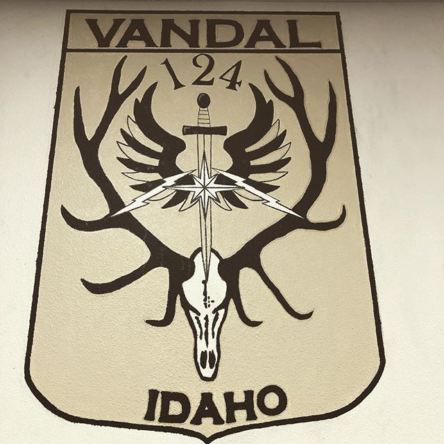 Shout out to all of our Vandals who are away from home, deployed overseas. Take a moment to think of our guys and their families during these times. Stay safe dudes! #vandal #tacp #jtac #usaf #IDANG @idahonationalguard @124fighterwing @tacpa_official