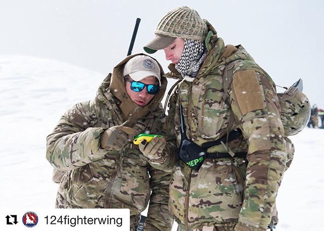 We like to have fun here. ・・・ Need a little #motivation this Monday? Idaho Air National Guard, 124th ASOS members participated in avalanche survival training with multiple local agencies that have the potential to be called upon for search and rescue efforts. @idahonationalguard #motivationmonday #searchandrescue #avalanchetraining #losthiker #tacp #airnationalguard #idahonationalguard #boise #usaf #lostandfound #jtac #tacp #boise