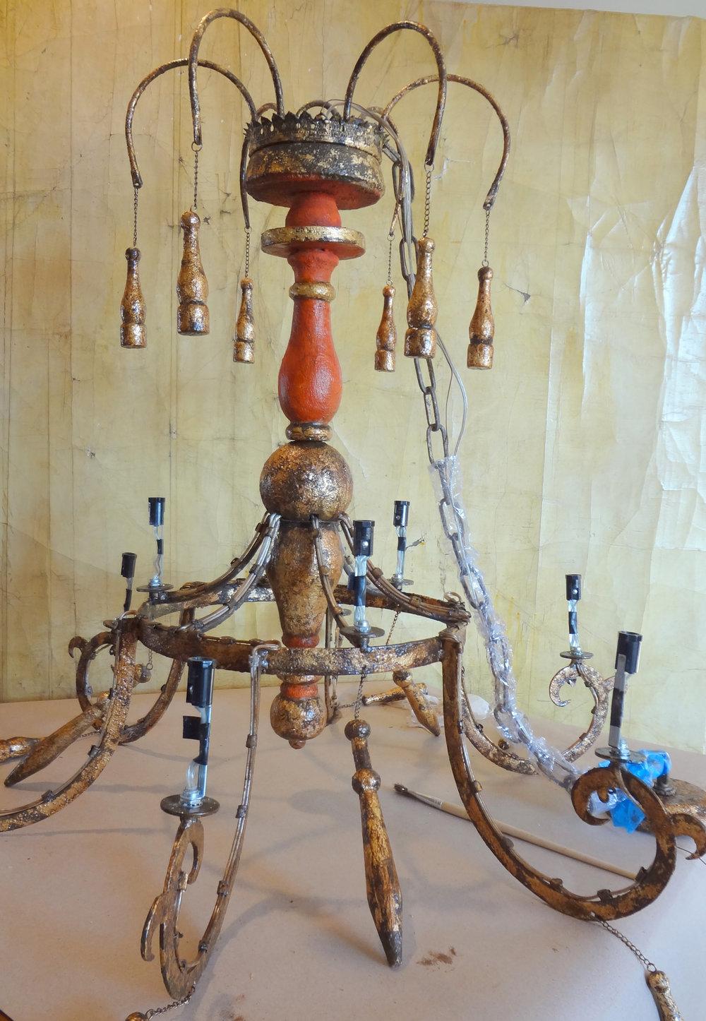 chandelier redDSC00073.jpg
