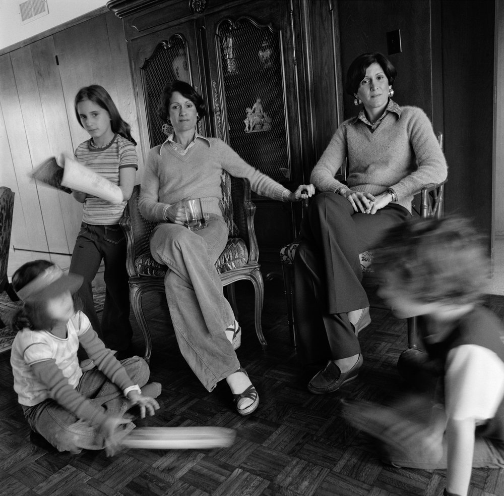 Rochelle & Adele with children, Houston, TX, 1978
