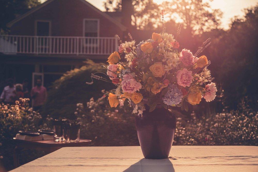 Bethy & Shawn engagement flowers