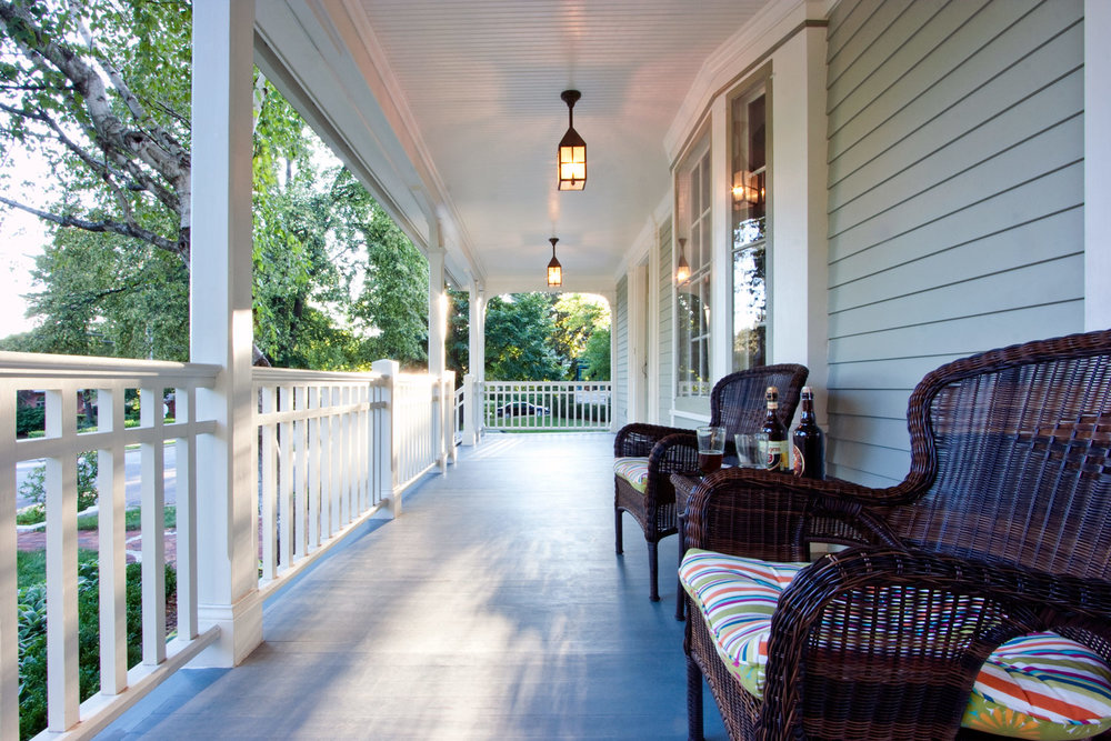 Front Porch - Queen Anne