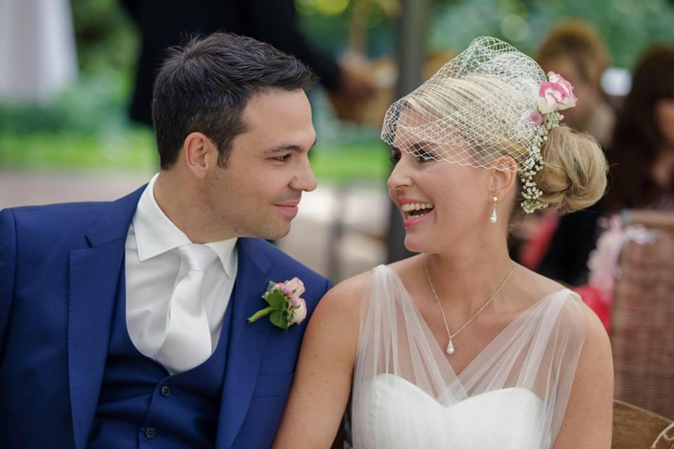 Hochzeitstag - Wie am Probetag fahre ich zu Ihnen, damit Sie sich entspannt zurücklehnen können und auf Ihren Tag einstimmen können.