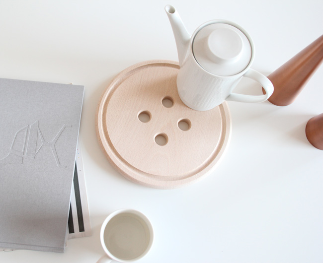 Button Trivet from Magpie Miller
