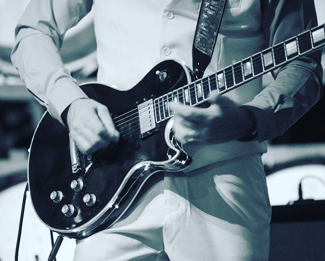 Duncan's Black Beauty 🖤 #guitar #lespaul #blackbeauty #guitarist #1977blackbeauty #rock