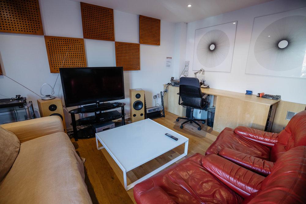 Chill Room3.jpg