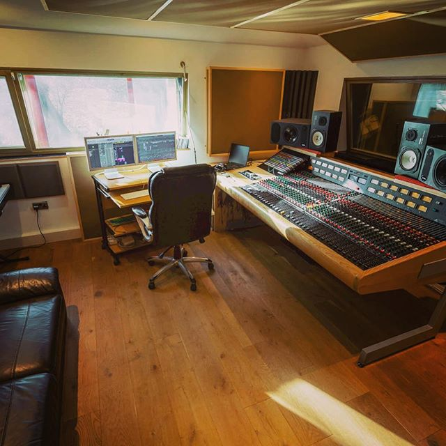 Trident 80B Mixing Desk #evolutionstudiosoxford