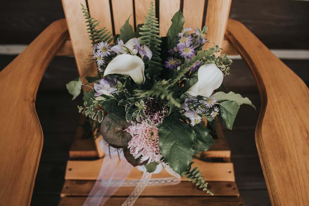 bridal-bouquet-toronto-bohemian-boho-outdoor-summer-wedding-documentary-wedding-photography-by-willow-birch-photo.jpg