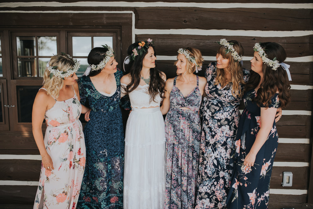bridal-party-pictures-toronto-bohemian-boho-outdoor-summer-wedding-documentary-wedding-photography-by-willow-birch-photo.jpg
