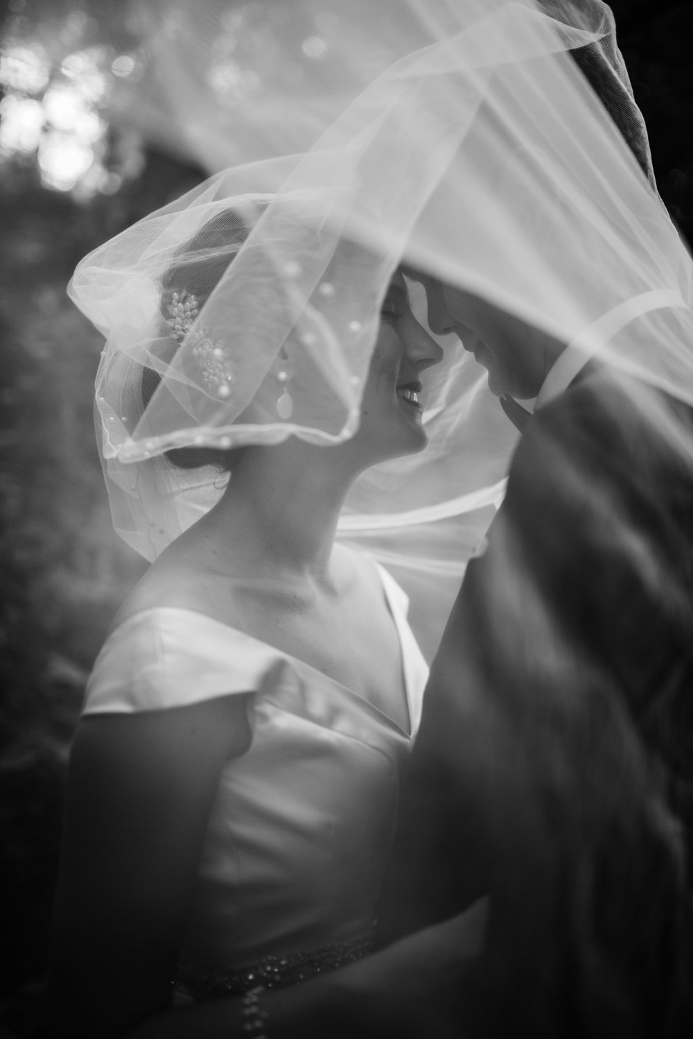 bride-groom-veil-picture-black-and-white-eglington-grand-wedding-by-willow-birch-photo-toronto-documentary-wedding-photographers.jpg