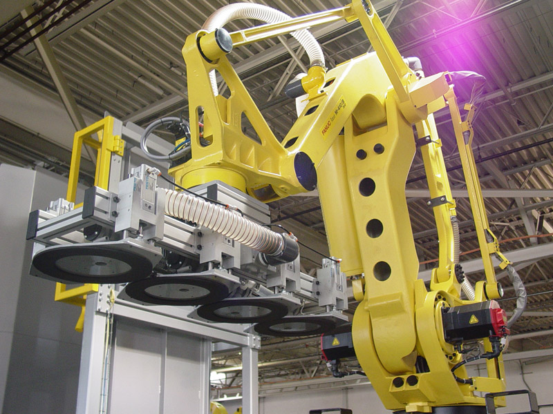 FANUC M410iB Palletizing Robot with PASCO Palletizing Software and a Mechanical Pneumatic Tool