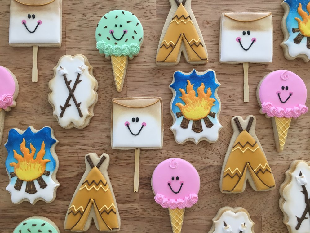 DECORATED SUGAR COOKIES - Minimum order of one dozenCookies start at $4.00 per piece and go up from there. All cookies are customizableCookies can be individually packaged for an additional $2.00 per cookie