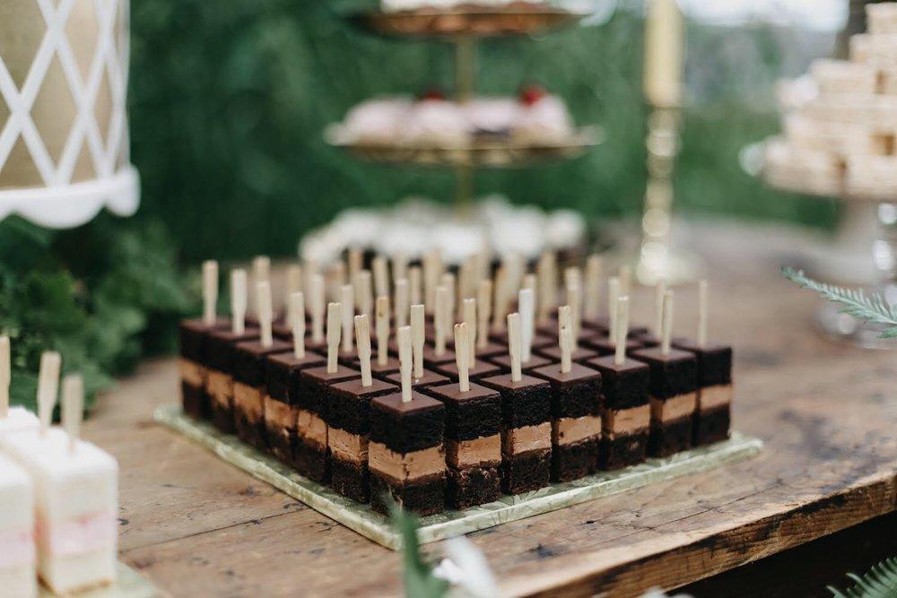 CAKE BITES - Minimum order of 25 per flavor(Flavor Restrictions Apply)Cake Bites: $2.00 per piece