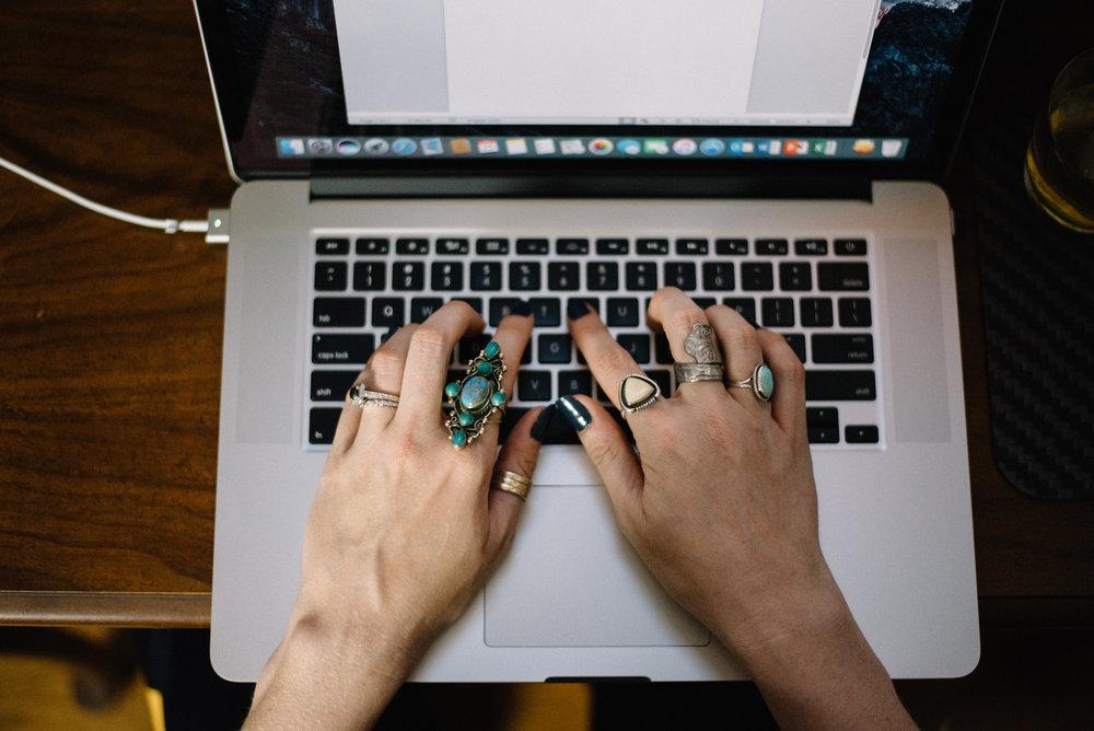Harmonizing the Unromantic and Romantic Side of Freelance | Medium.com