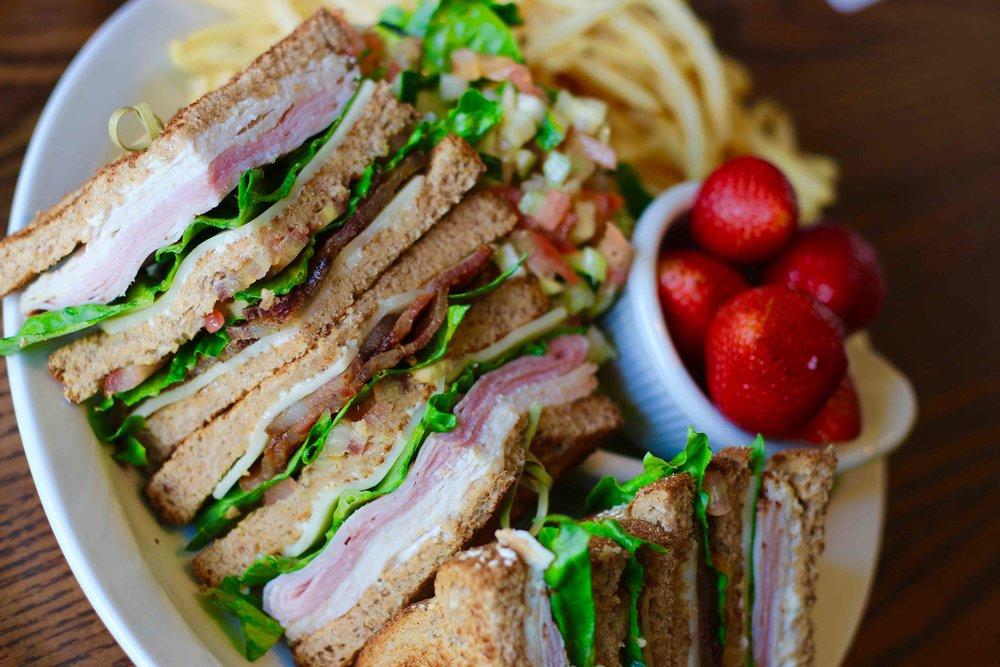 Club Sandwich 5.jpg