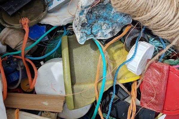 Plásticos encontrados en limpiezas de playas en Noruega, cuyos datos son centralizados por HoldNorgeRent