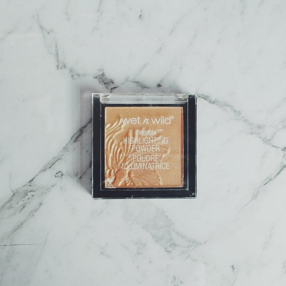 Highlighter   -  Wet n Wild Highlighter  : Shade Precious Petal