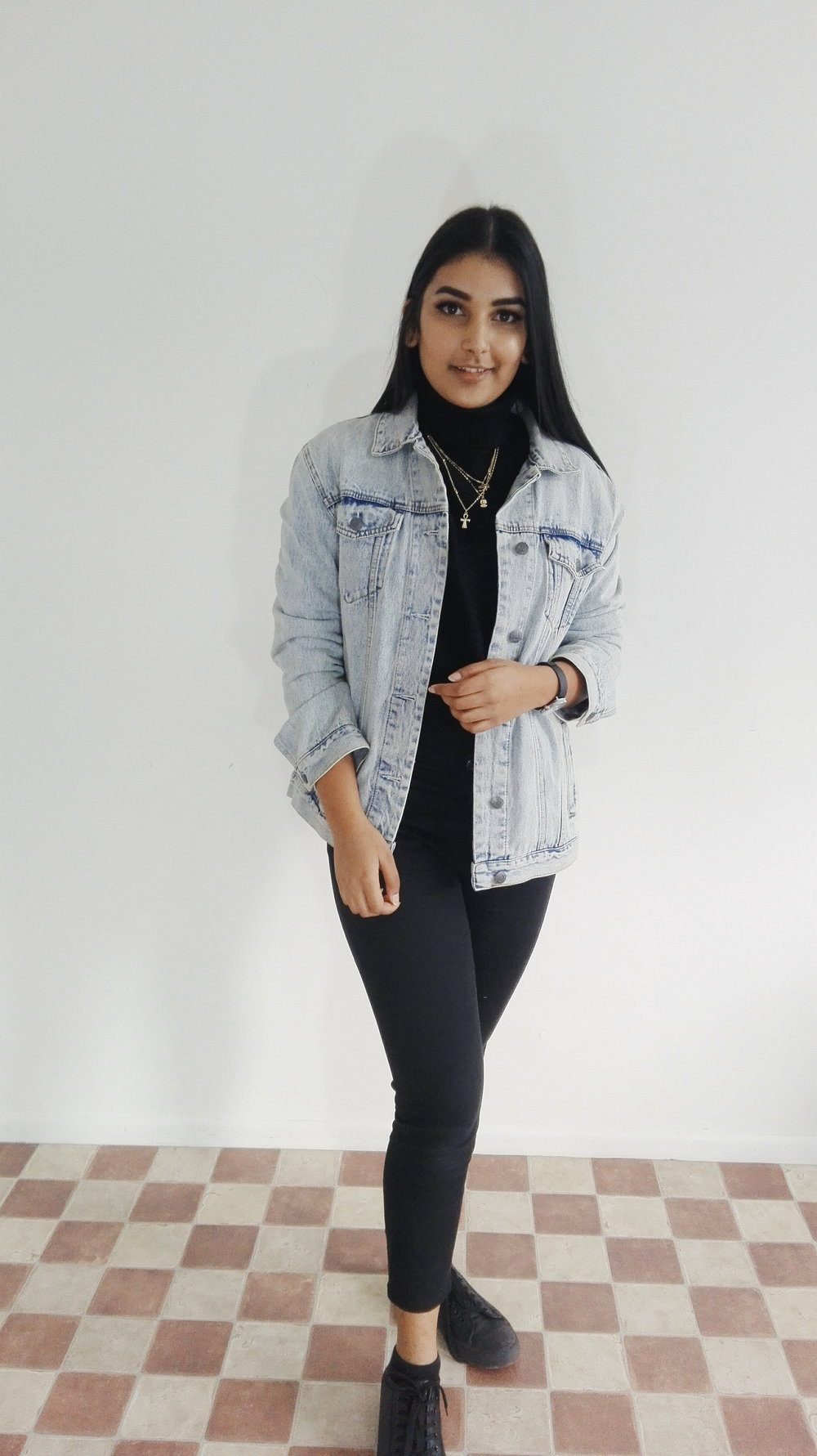 Not into he mature style, then denim jackets will be you go to.