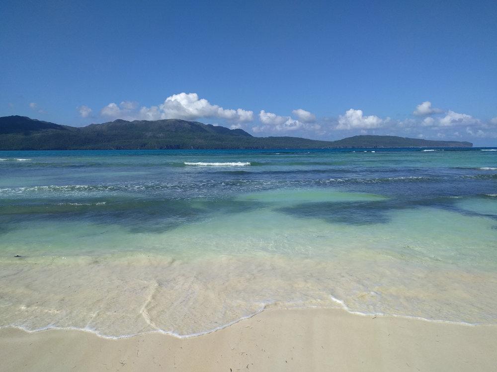 dthv-beach-bg.jpg