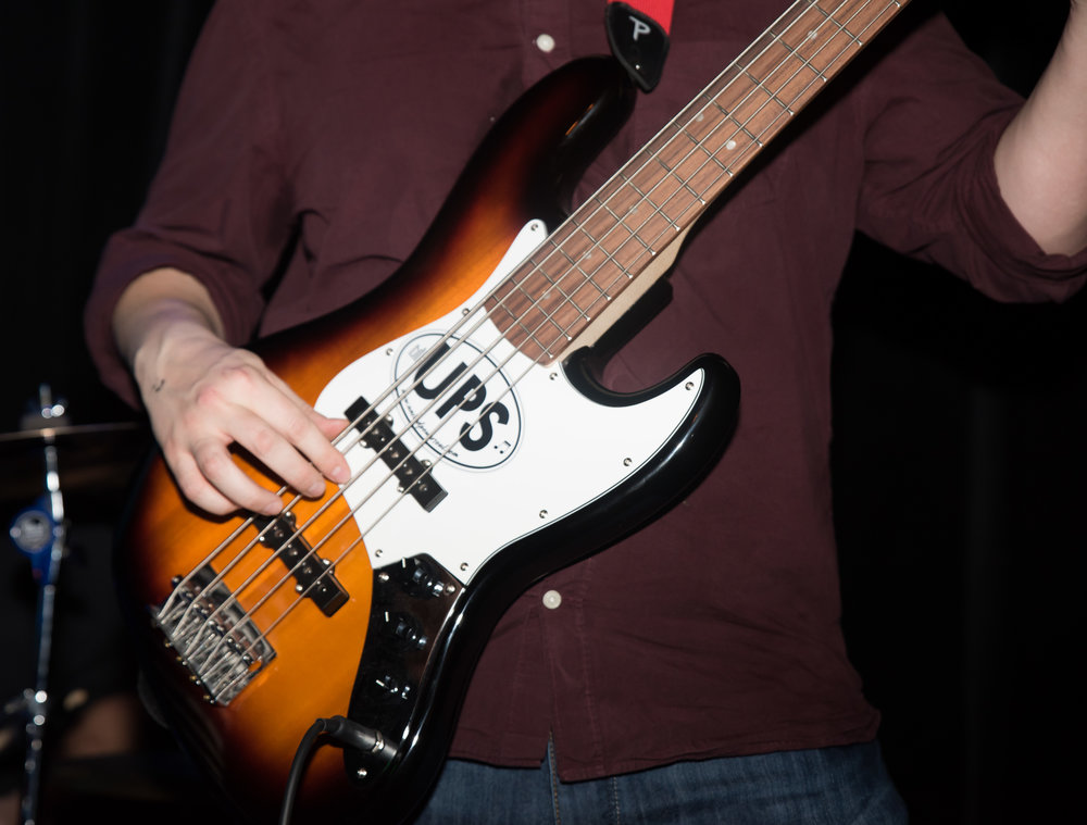 The new UPS sticker looks good on David's 5-String.